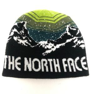 The North Face Reversible Knit Logo Mountain Hat